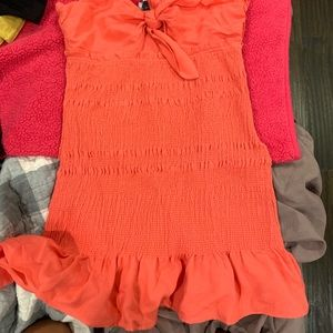 NWT smock dress with peep hole size medium